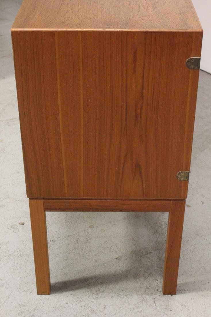 A fine 50's Danish modern teak wood buffet - 10