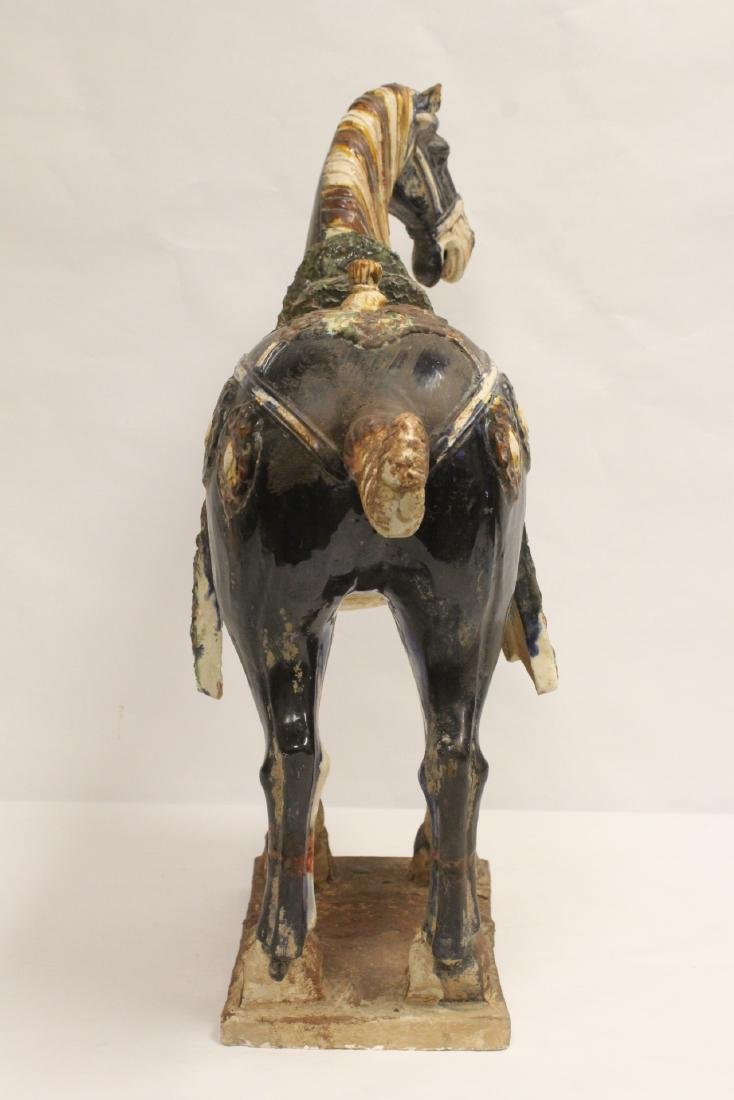 Large Chinese sancai style pottery horse - 4