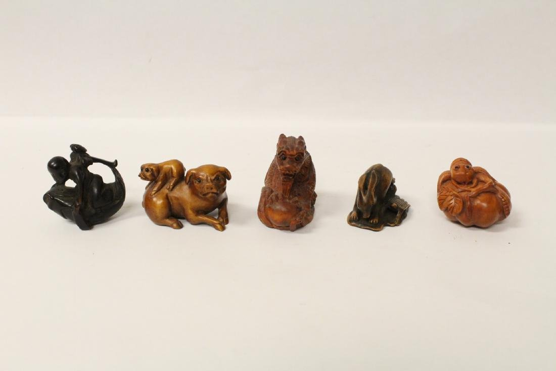 5 wood carved Japanese netsuke