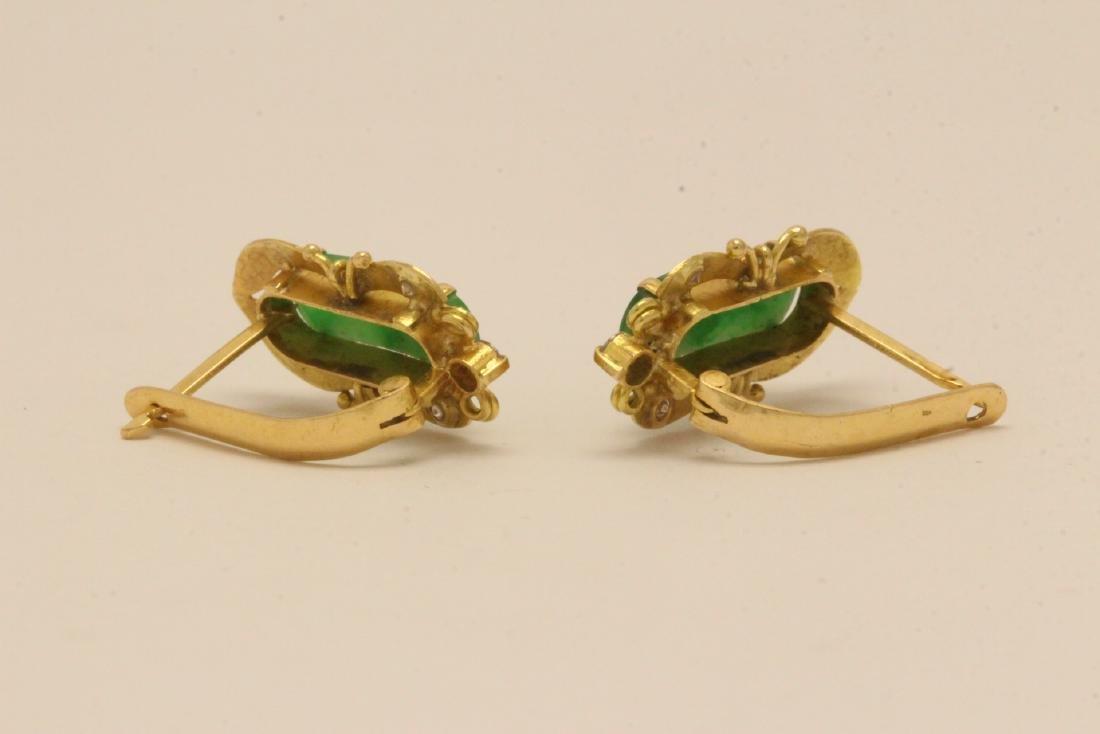 Pair Chinese 16K Y/G jadeite earrings - 3