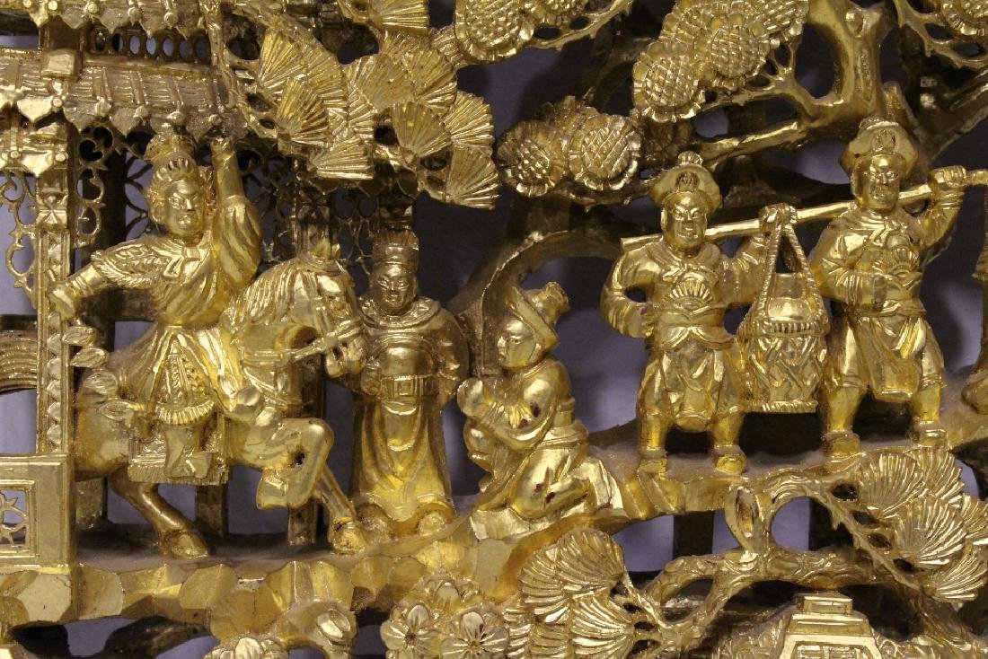 A beautiful Chinese antique gilt wood carving - 7