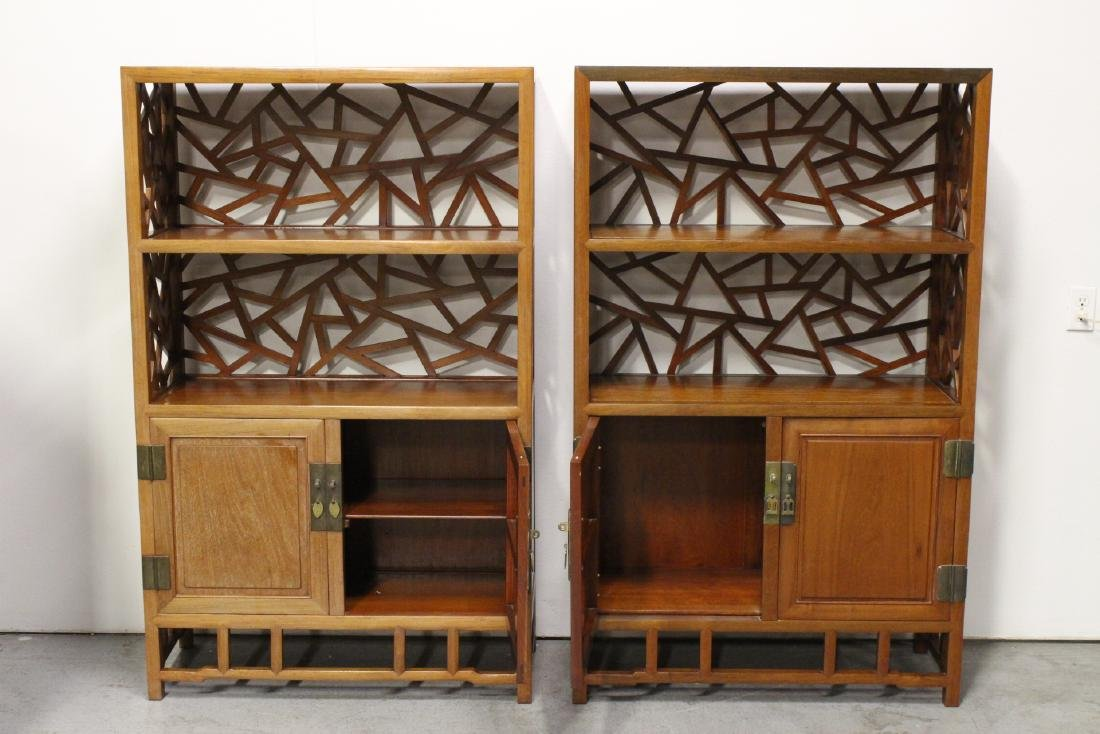 Pair Beautiful Chinese rosewood curio cabinet - 2