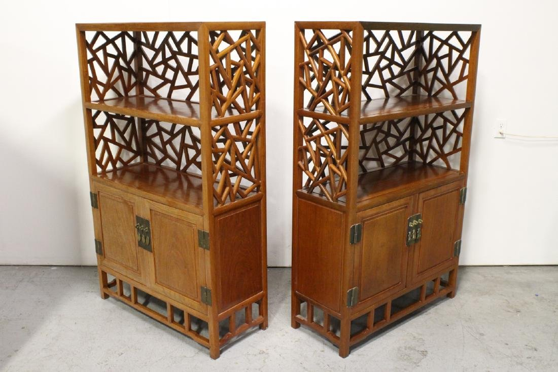 Pair Beautiful Chinese rosewood curio cabinet - 3