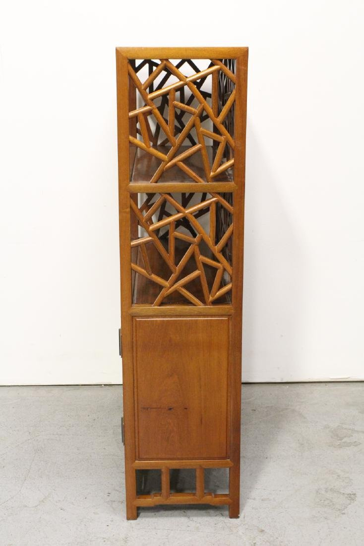 Pair Beautiful Chinese rosewood curio cabinet - 8