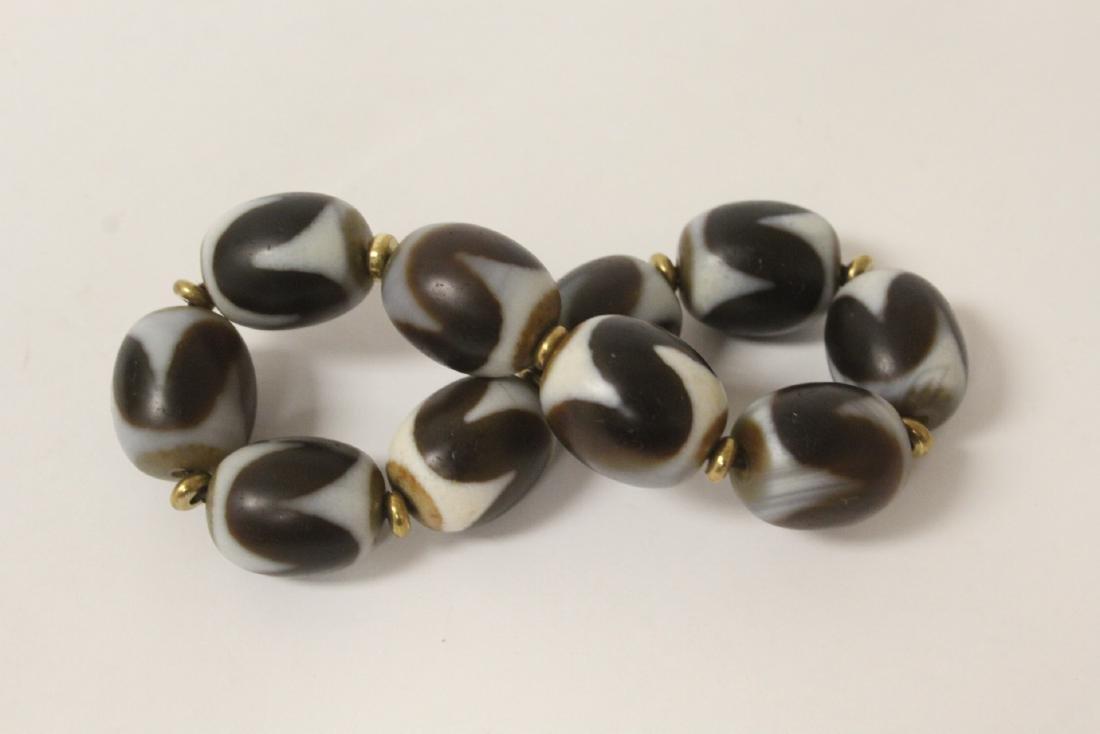 Chinese dzi bead bracelet & a huali wood bead necklace - 8