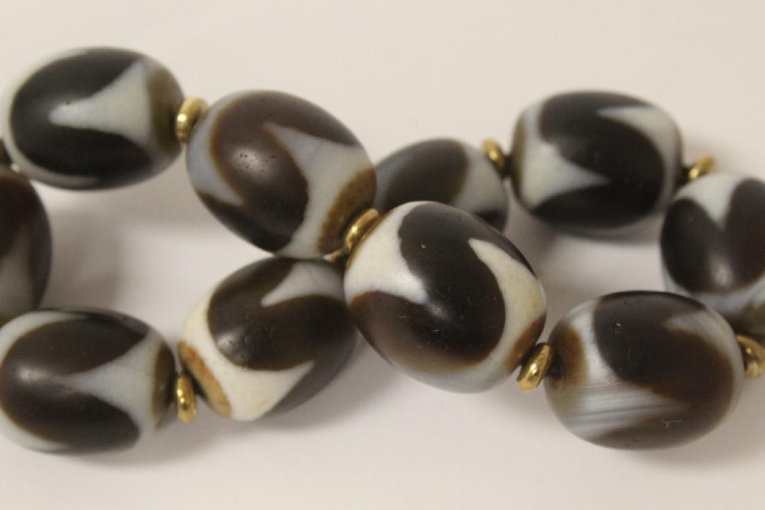 Chinese dzi bead bracelet & a huali wood bead necklace - 9