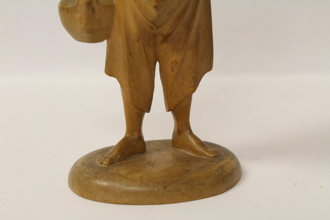 Very fine wood carved figure - 6