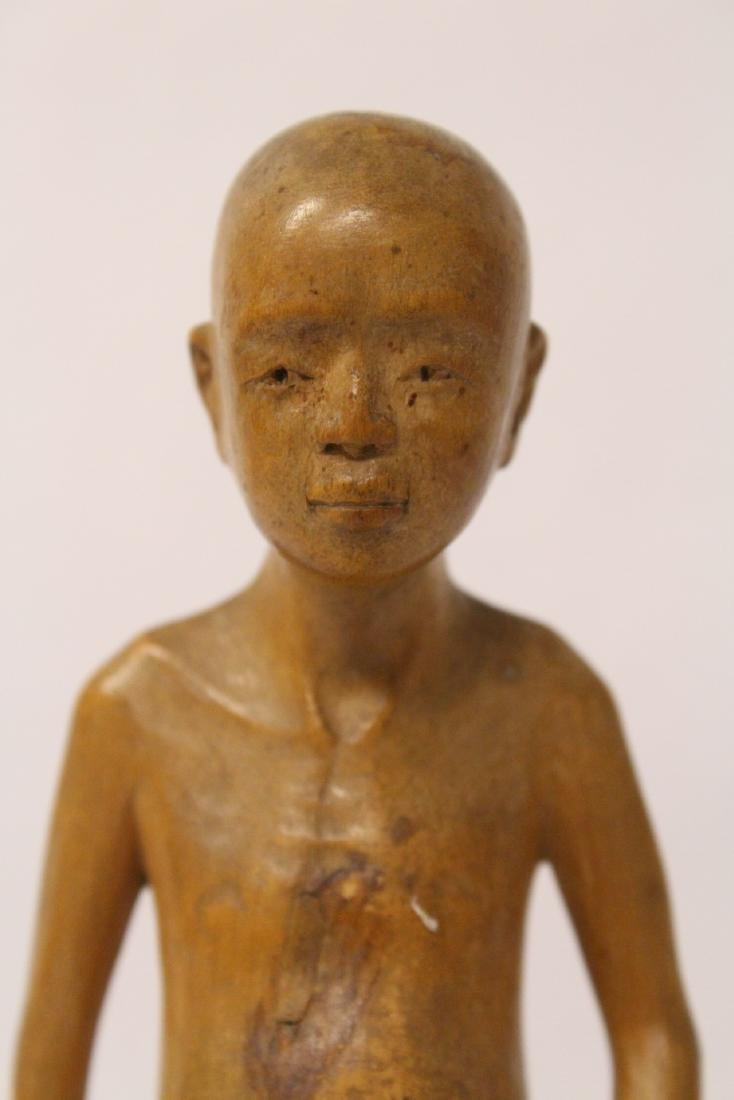 Very fine wood carved figure - 7