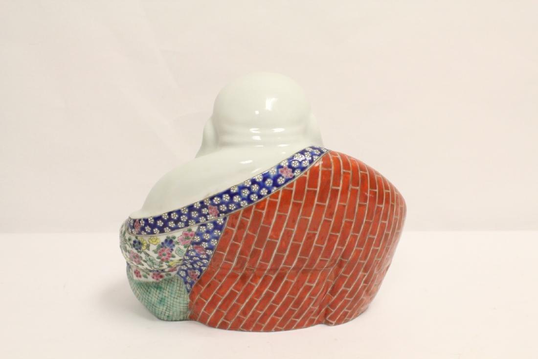 Chinese wucai porcelain Buddha statue - 5