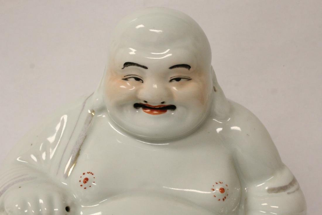 Chinese vintage porcelain sculpture of Buddha - 4