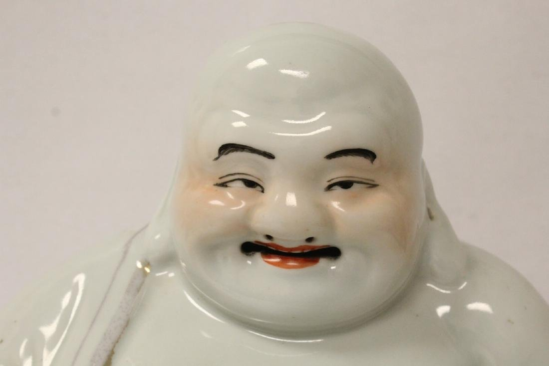 Chinese vintage porcelain sculpture of Buddha - 5