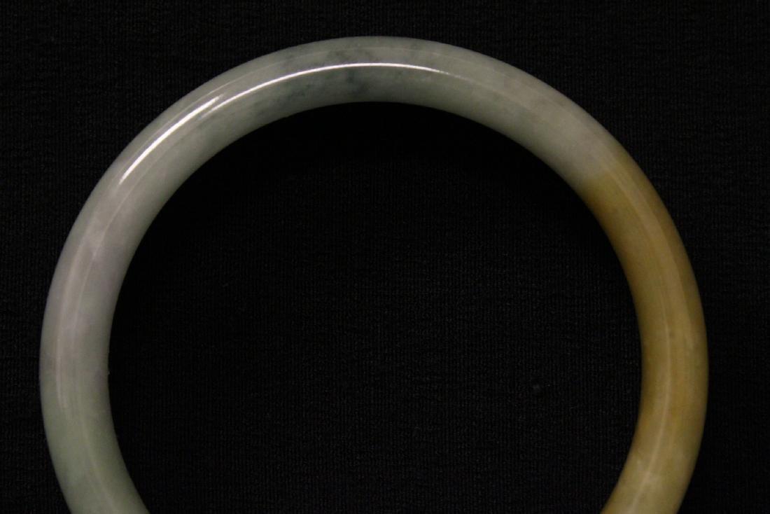 Translucent jadeite bangle bracelet - 2