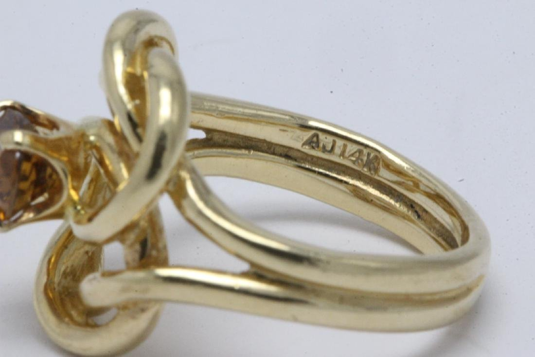 A beautiful twist design 14K rose gold ring - 10