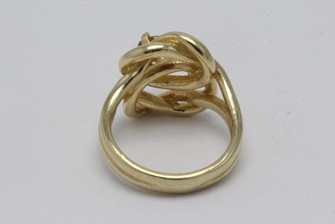 A beautiful twist design 14K rose gold ring - 9