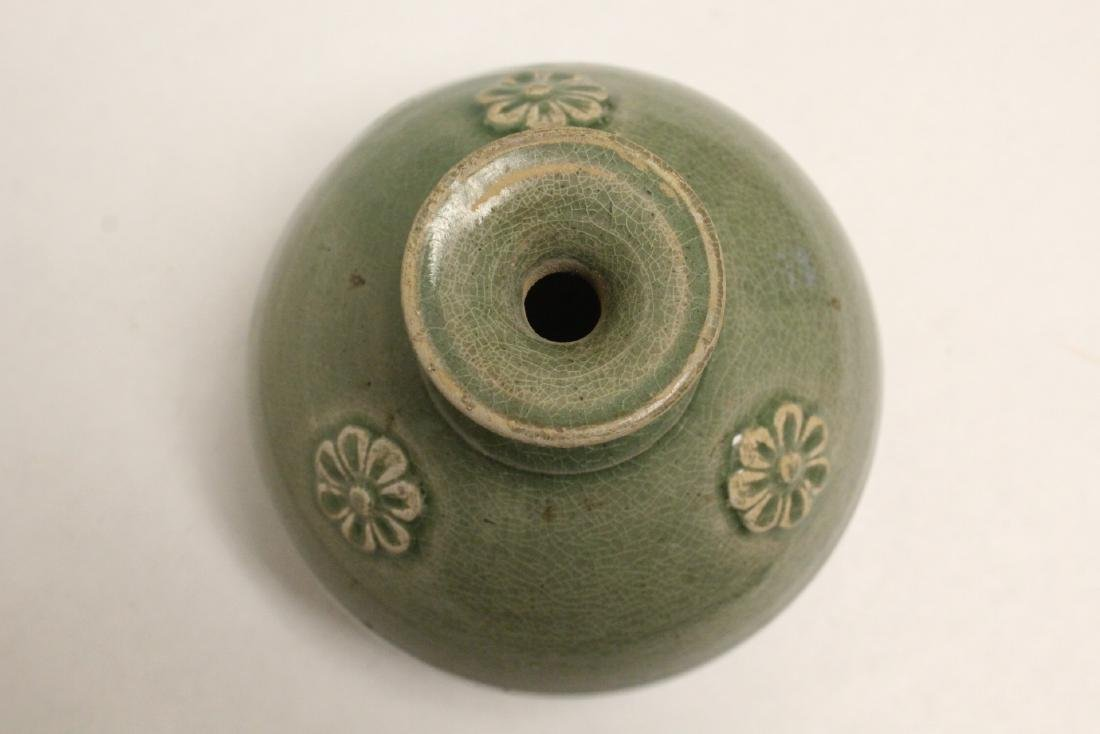 Song style celadon jar - 7