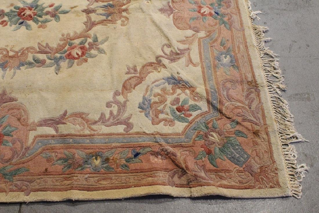 A room size Chinese rug - 9
