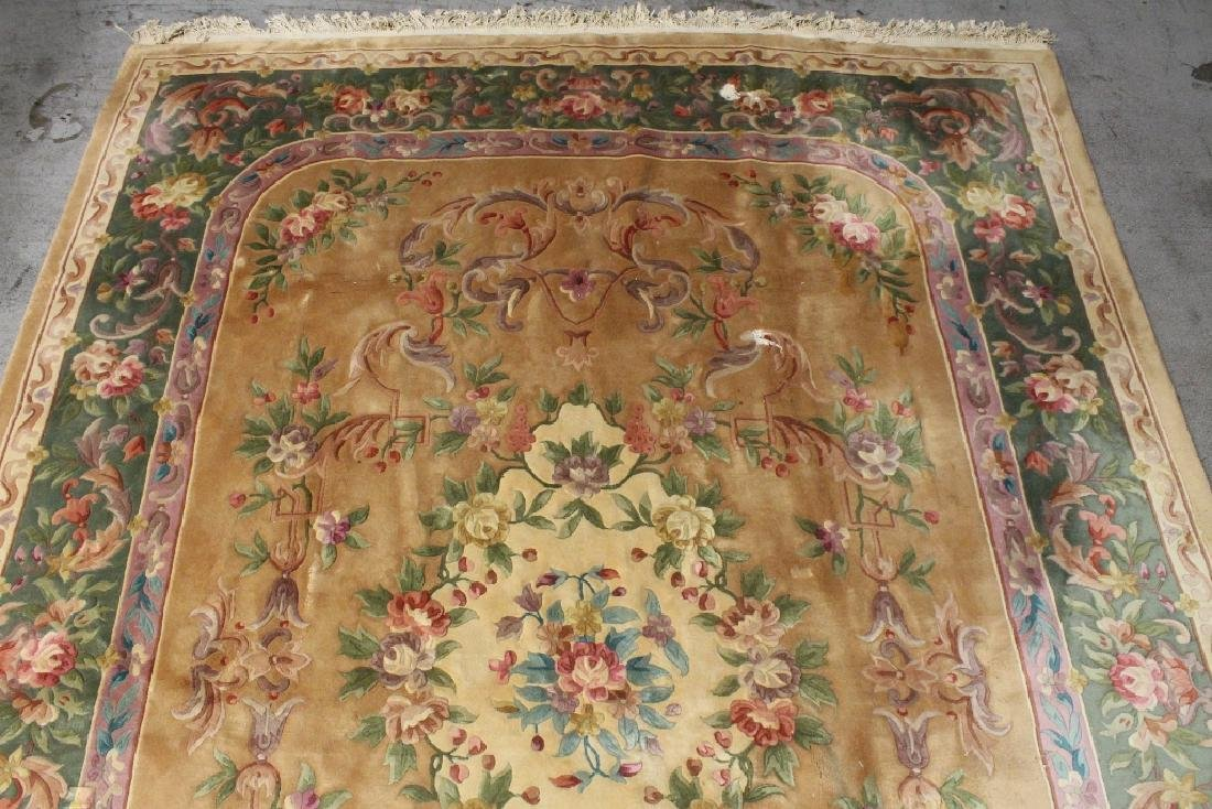 A palace size Chinese rug - 9