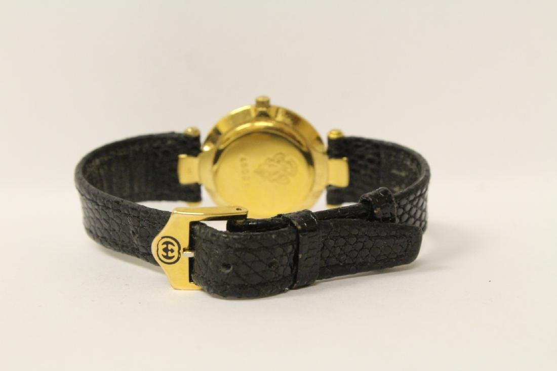 Gucci wrist watch with original band and box - 5