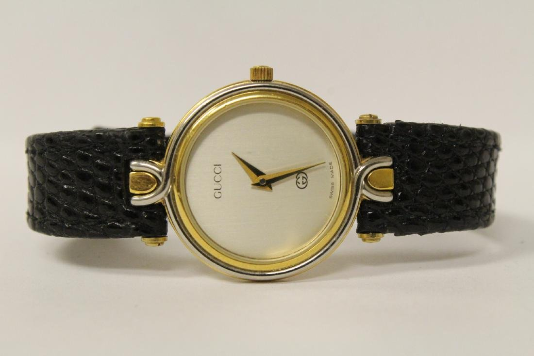 Gucci wrist watch with original band and box - 7