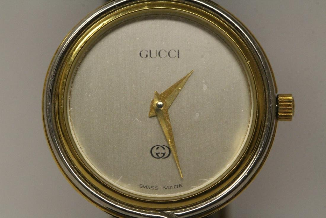 Gucci wrist watch with original band and box - 9