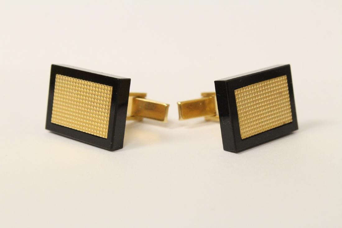 Pair beautiful 14K and onyx cufflinks - 2
