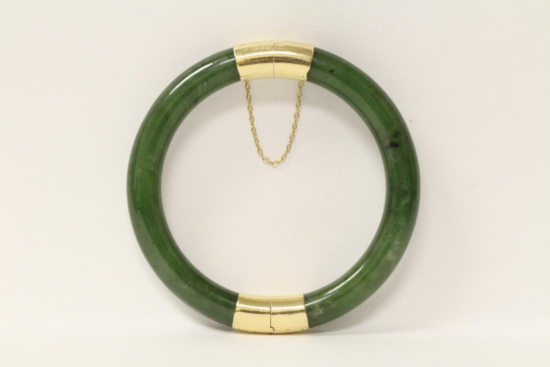 Chinese 14K green bangle bracelet with 14K clasp