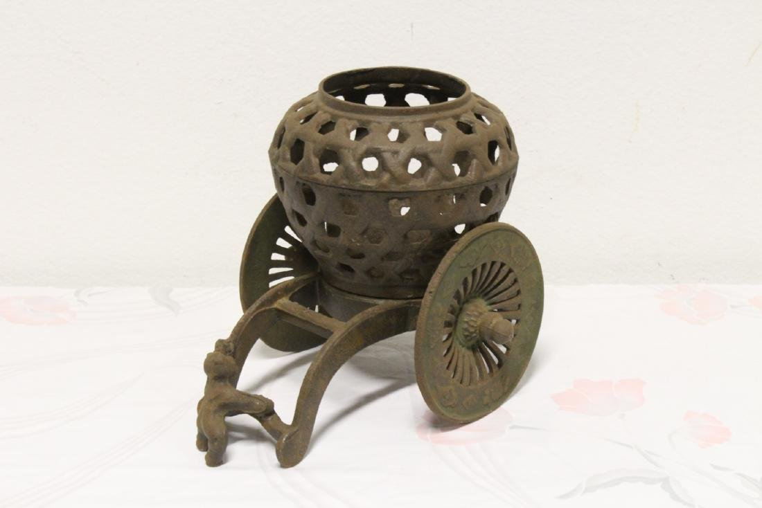 Japanese cast iron ikebana planter - 5