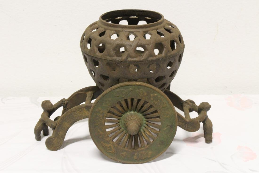 Japanese cast iron ikebana planter - 6