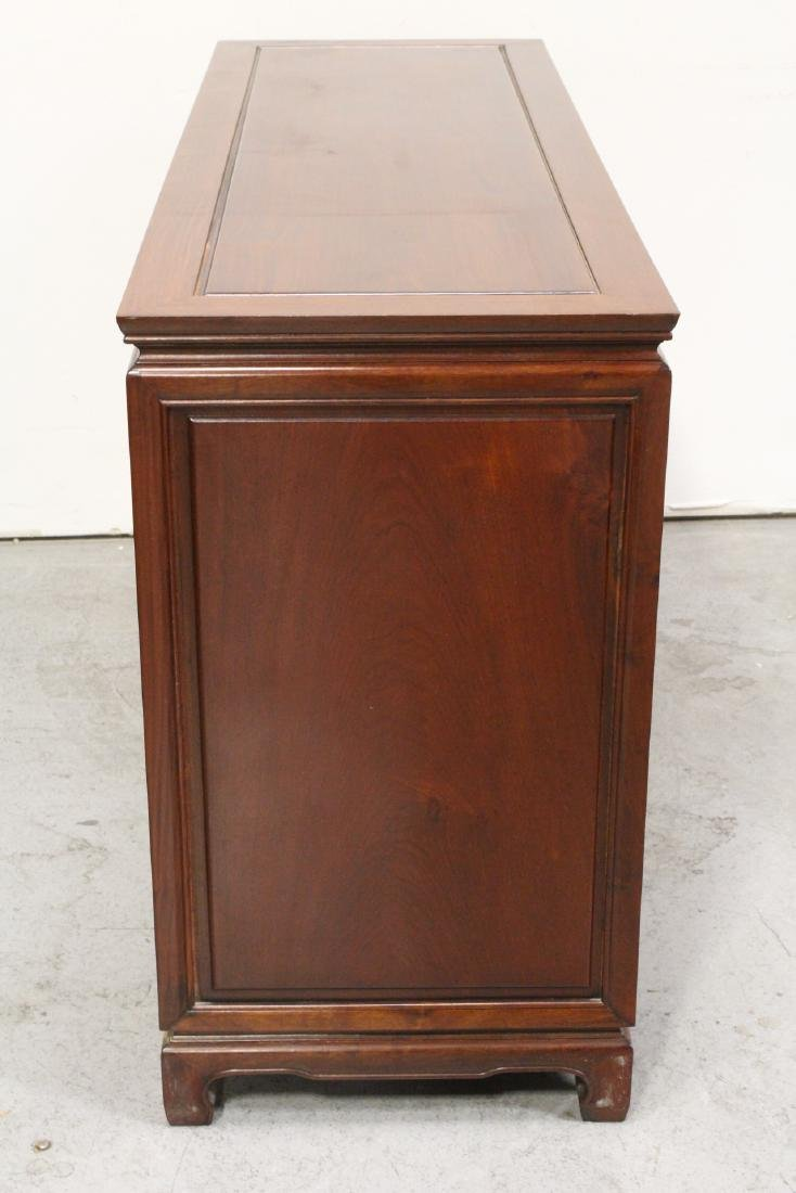 Fine Chinese rosewood cabinet - 9