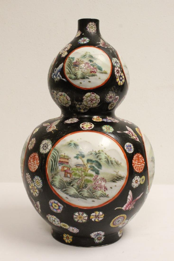 Chinese famille rose gourd shape vase