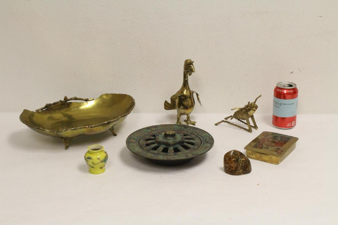 Lot of brass items