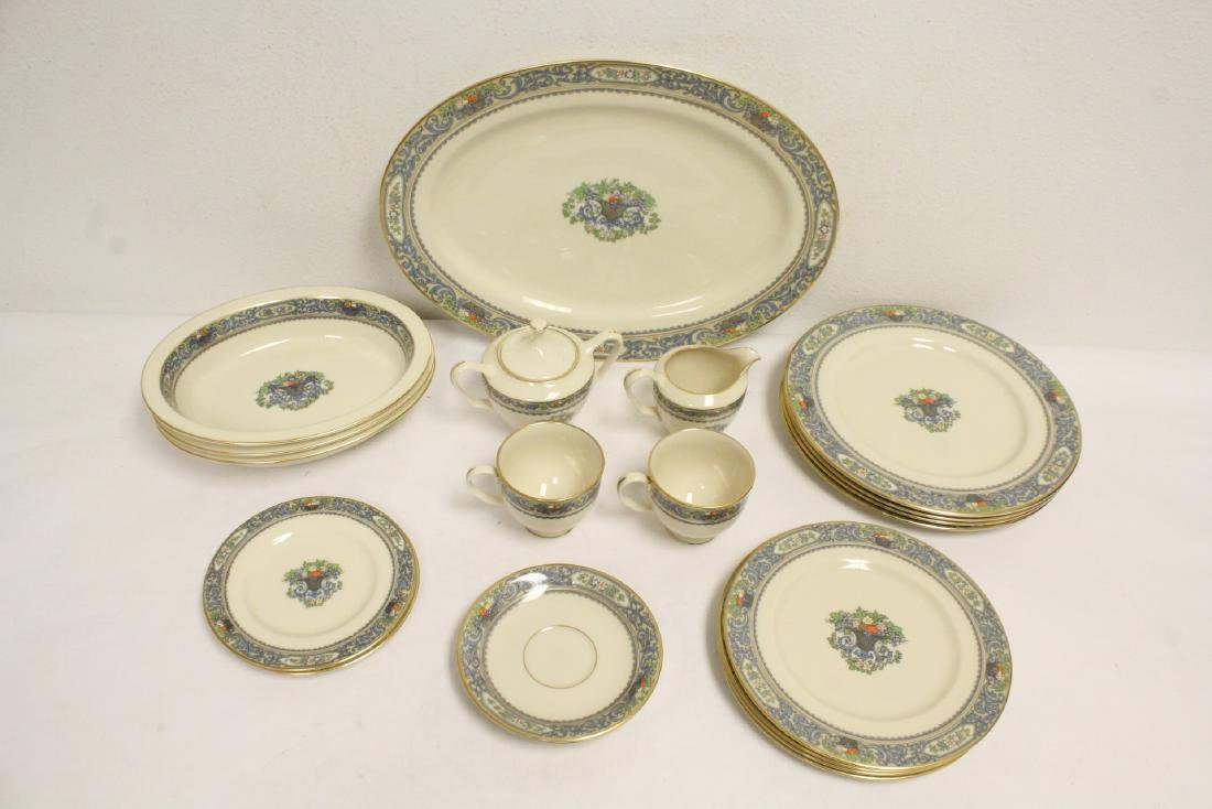 20 pieces partial china set by Lenox
