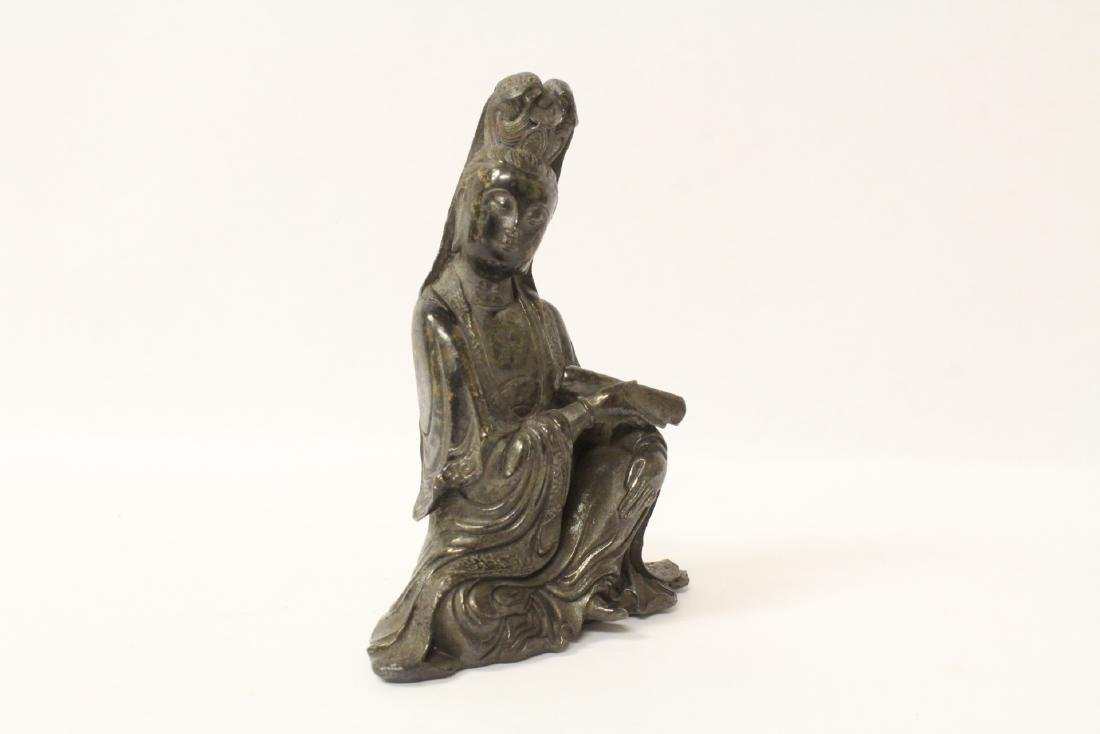 Chinese small bronze sculpture of Guanyin - 2