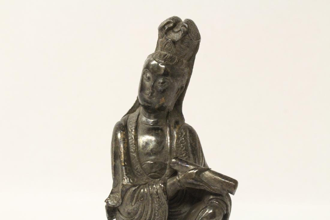Chinese small bronze sculpture of Guanyin - 8