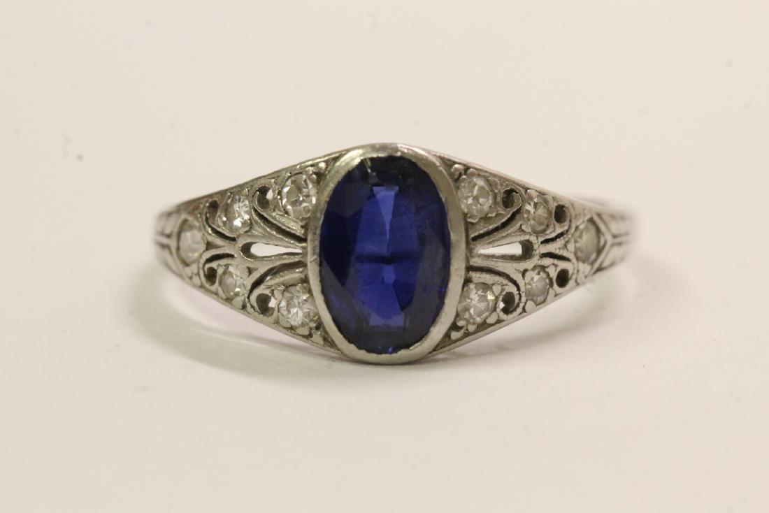 A beautiful art deco platinum ring