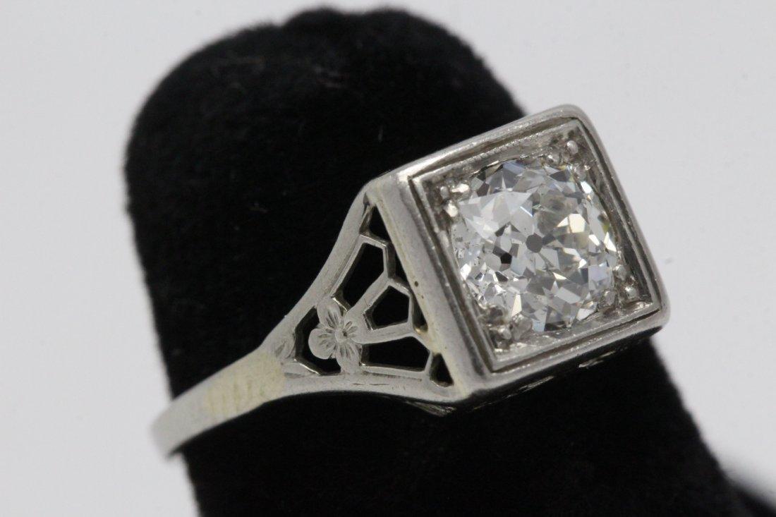 An art deco platinum lady's diamond ring - 3