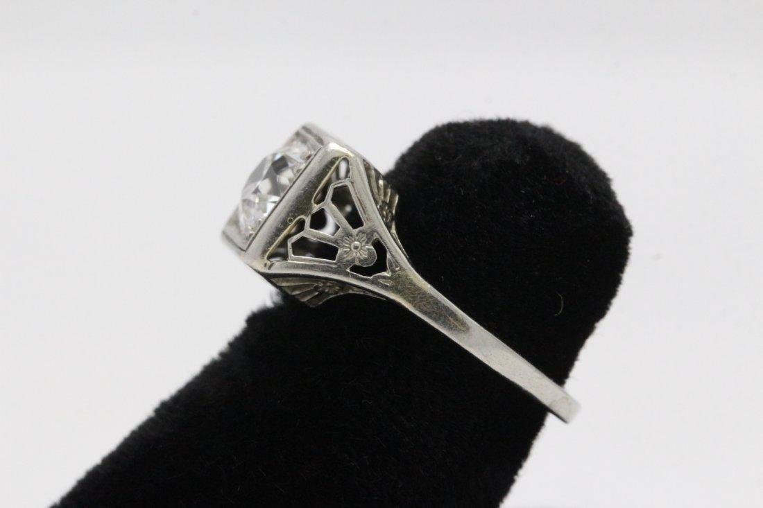 An art deco platinum lady's diamond ring - 5
