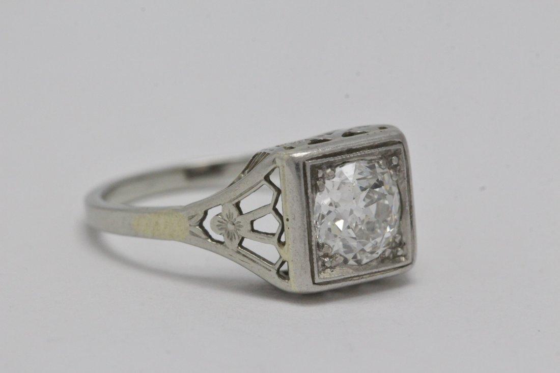 An art deco platinum lady's diamond ring - 8