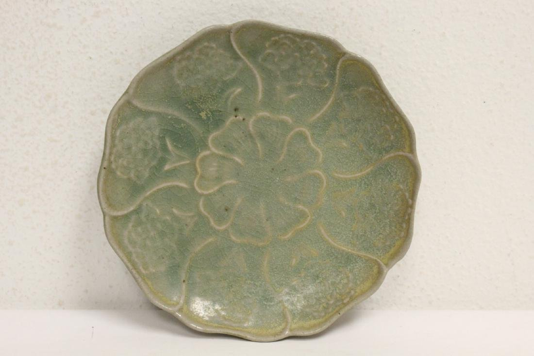 Chinese Song style plate in lotus flower motif