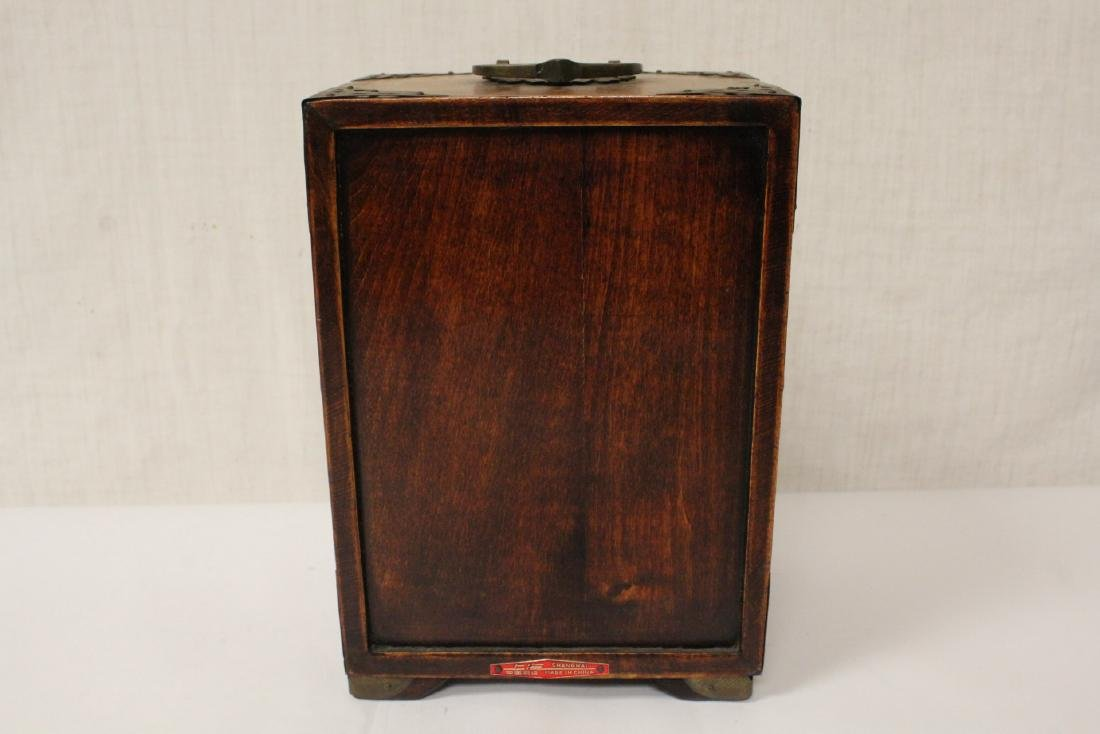 2 Chinese rosewood jewelry boxes - 16