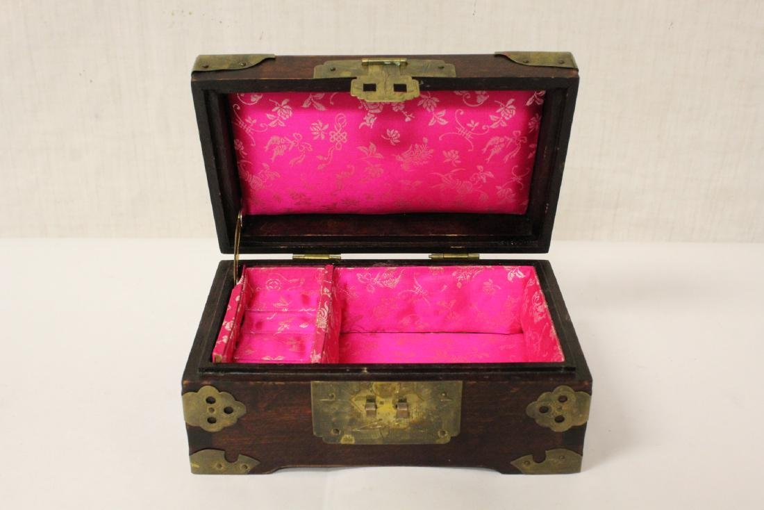 2 Chinese rosewood jewelry boxes - 3