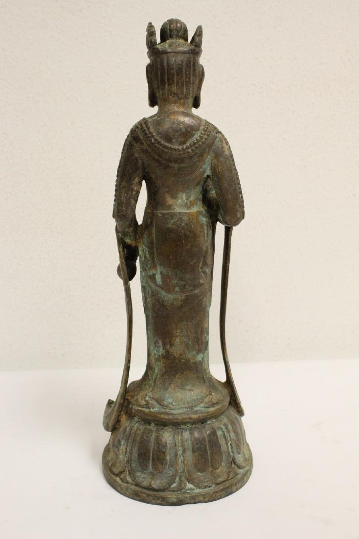 Chinese bronze sculpture of Guanyin - 5