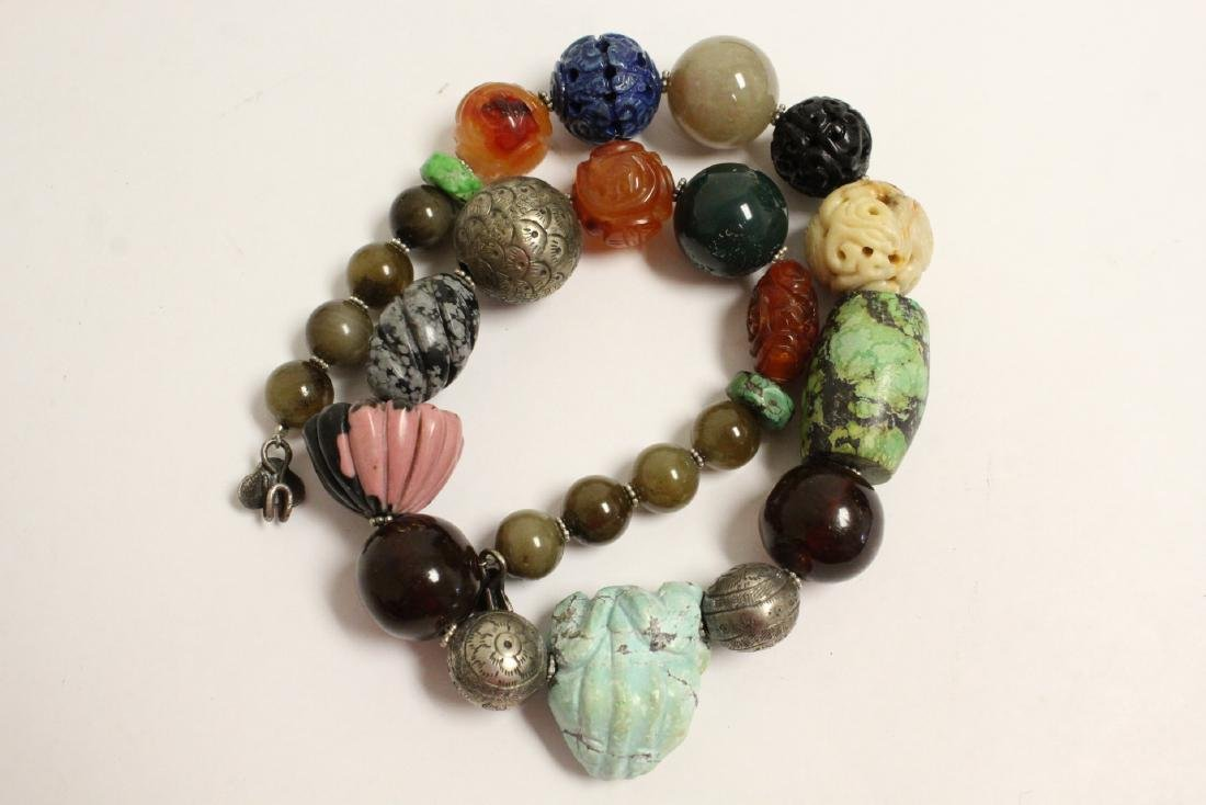 vintage necklace w/ agate, turquoise and jade bead - 10