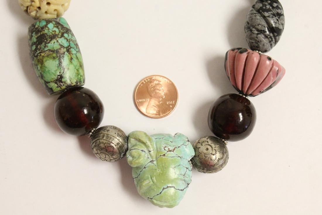vintage necklace w/ agate, turquoise and jade bead - 2