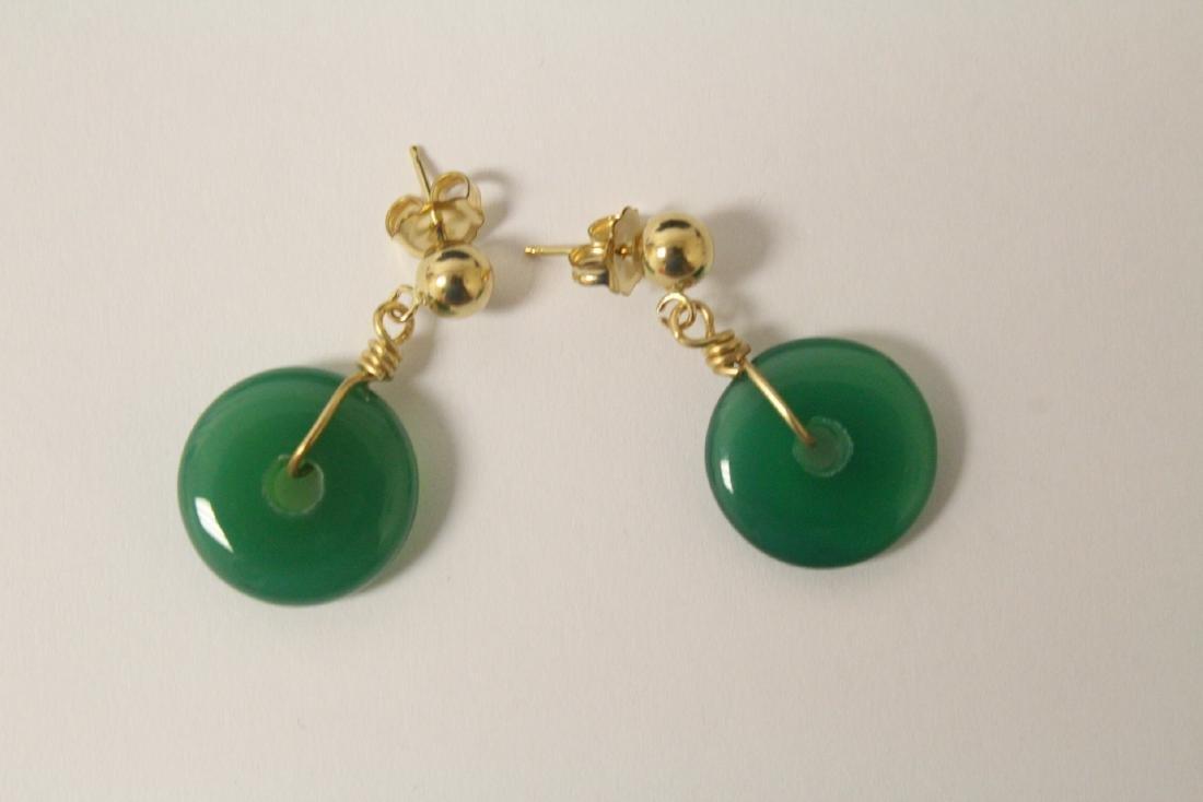 2 pair green agate disc motif earrings - 10
