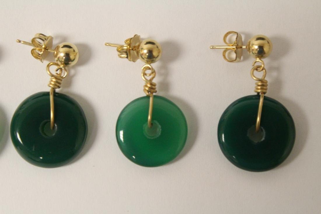 2 pair green agate disc motif earrings - 3