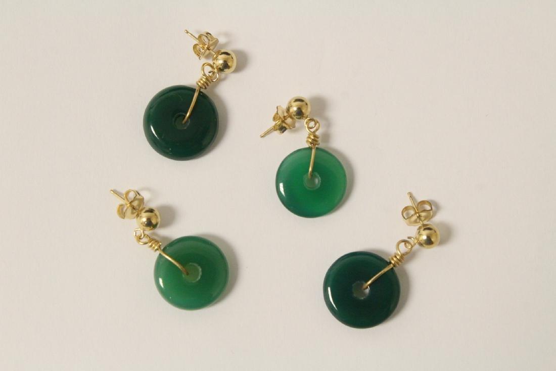 2 pair green agate disc motif earrings - 4