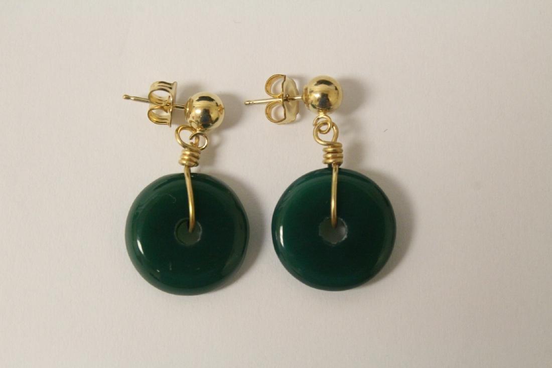 2 pair green agate disc motif earrings - 5
