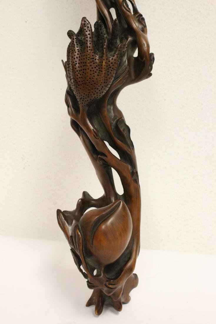 Chinese wood carved ruyi in peach fruit motif - 3