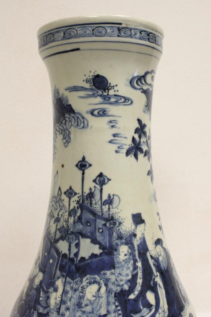 Chinese 18th c. or earlier lg b&w porcelain jar - 6